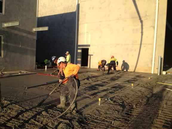 Remac1 Project Polytrade - pouring slab